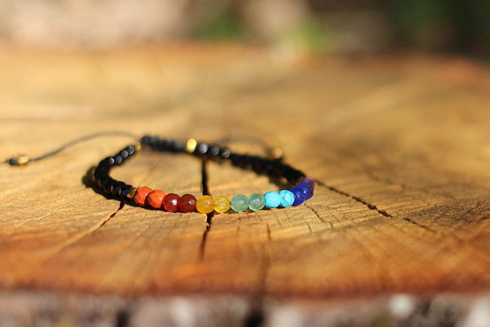 bracelet d'harmonisation des 7 chakras